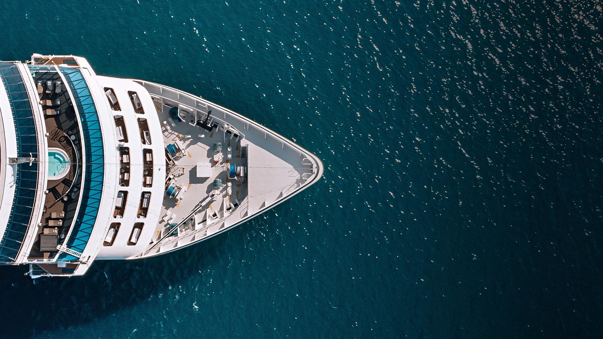 Hospitality-Cruise-Liner