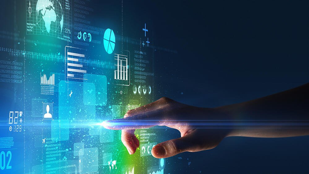How Can Data Analytics Support Risk Managers?